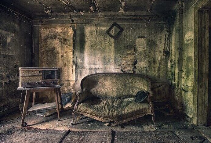 Things Every Haunted House Must Have